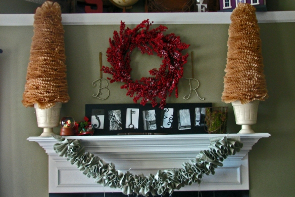Saffell Christmas Mantle 2011