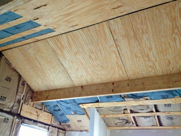 Bead-board_kitchen-ceiling
