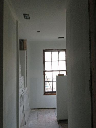 Upstairs-bathroom_entry