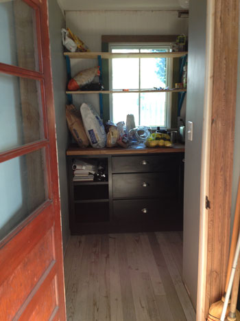 house-tour_pantry-walk-in