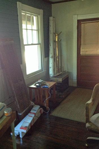 porch_clear-off-foyer
